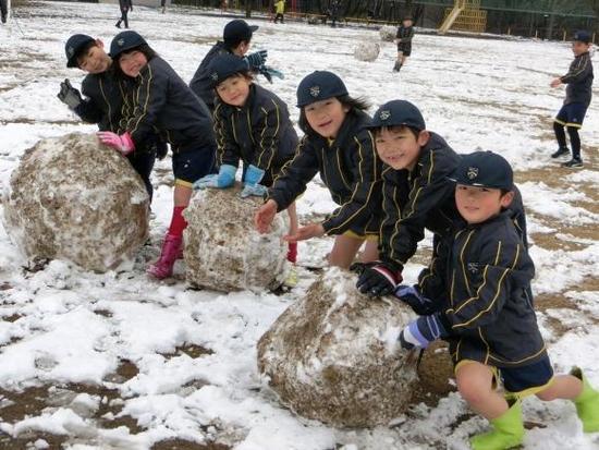 雪の日 ・ 委員会見学(4年生)