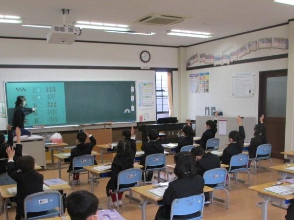 授業参観最終日・携帯電話講演会